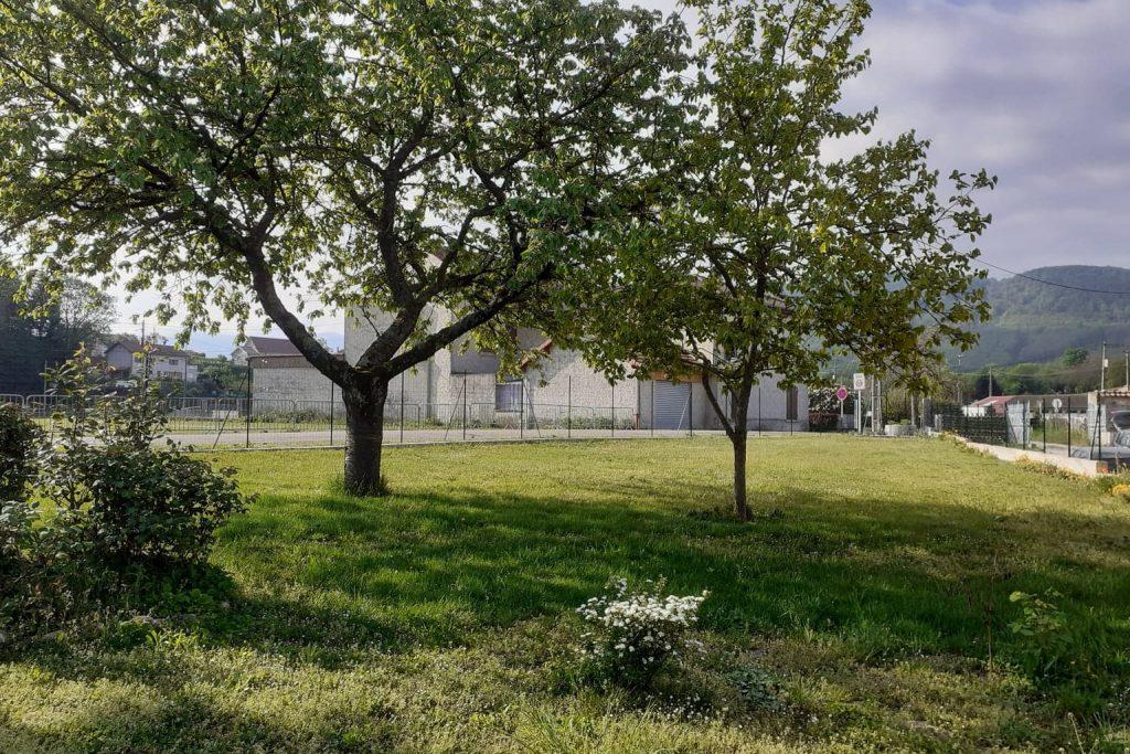 Jardin du gîte les copains d'abord en Isère